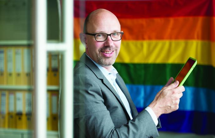 Piet De Bruyn - Regenboogvlag