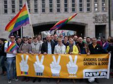 Pride 2016: ook N-VA voert regenboog in het vaandel