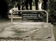 Eindelijk multidisciplinaire richtlijn over omgaan met suïciderisico - Piet De Bruyn